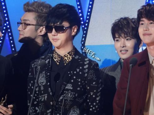 130131 Seoul Music Award - HAEYS- shadow1